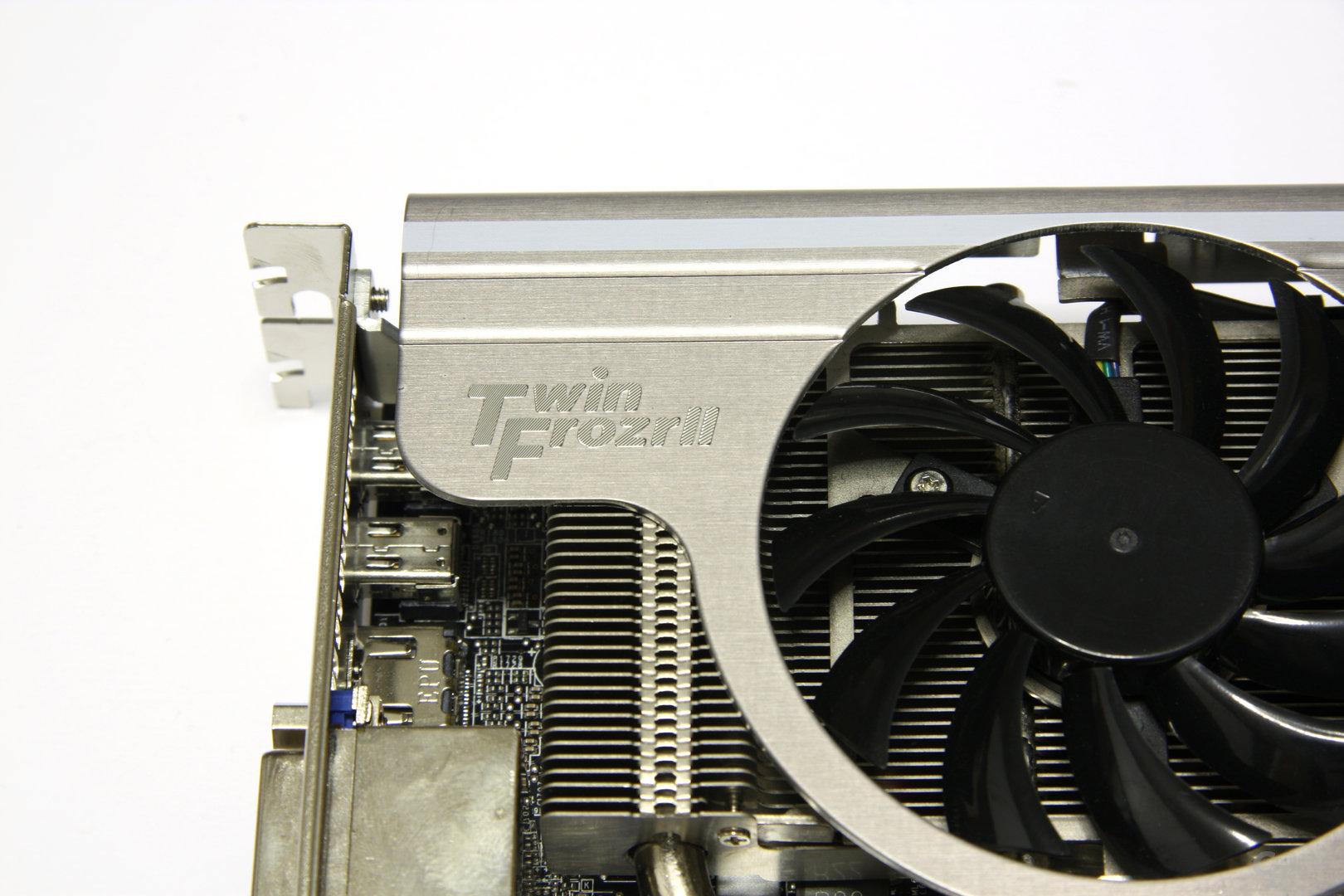 Radeon HD 6870 Twin Frozr II Schriftzug