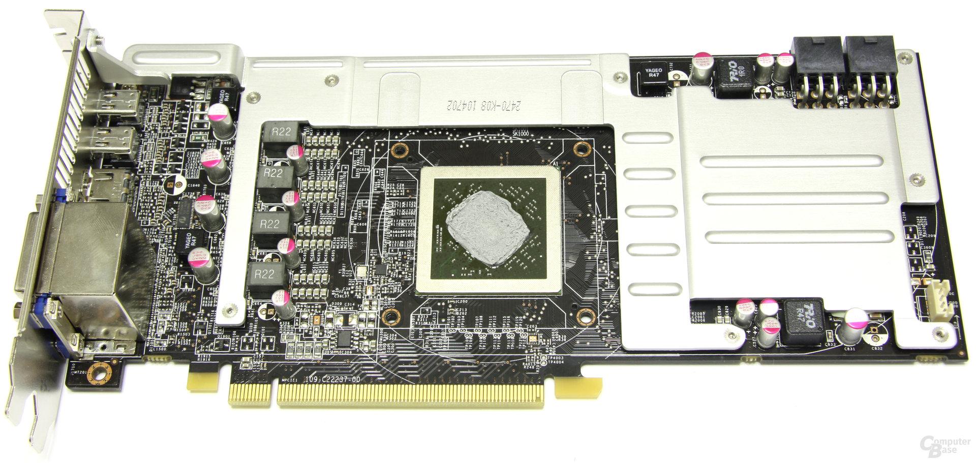 Radeon HD 6870 Twin Frozr II mit Speicherkühler