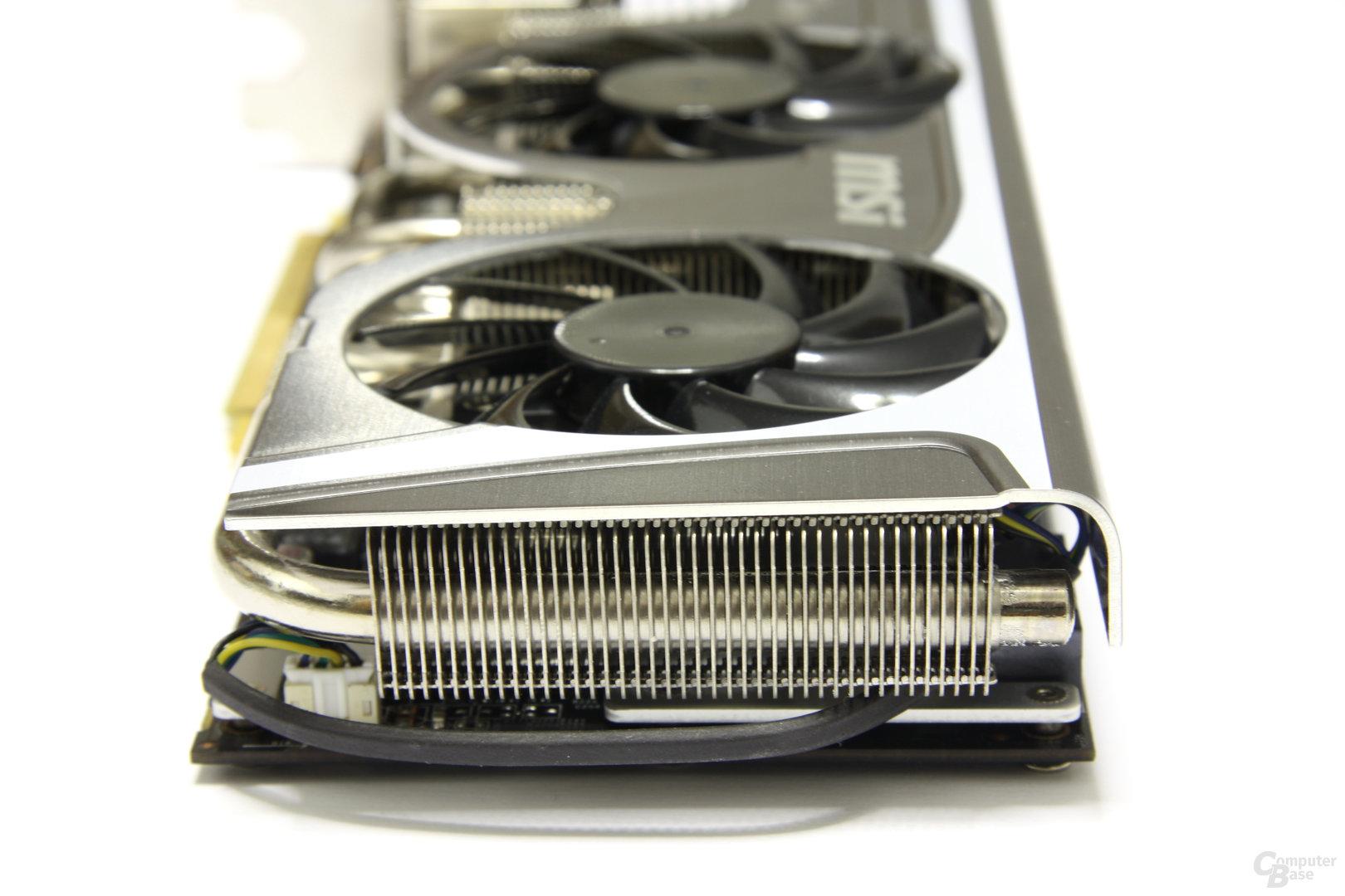 Radeon HD 6870 Twin Frozr II von hinten
