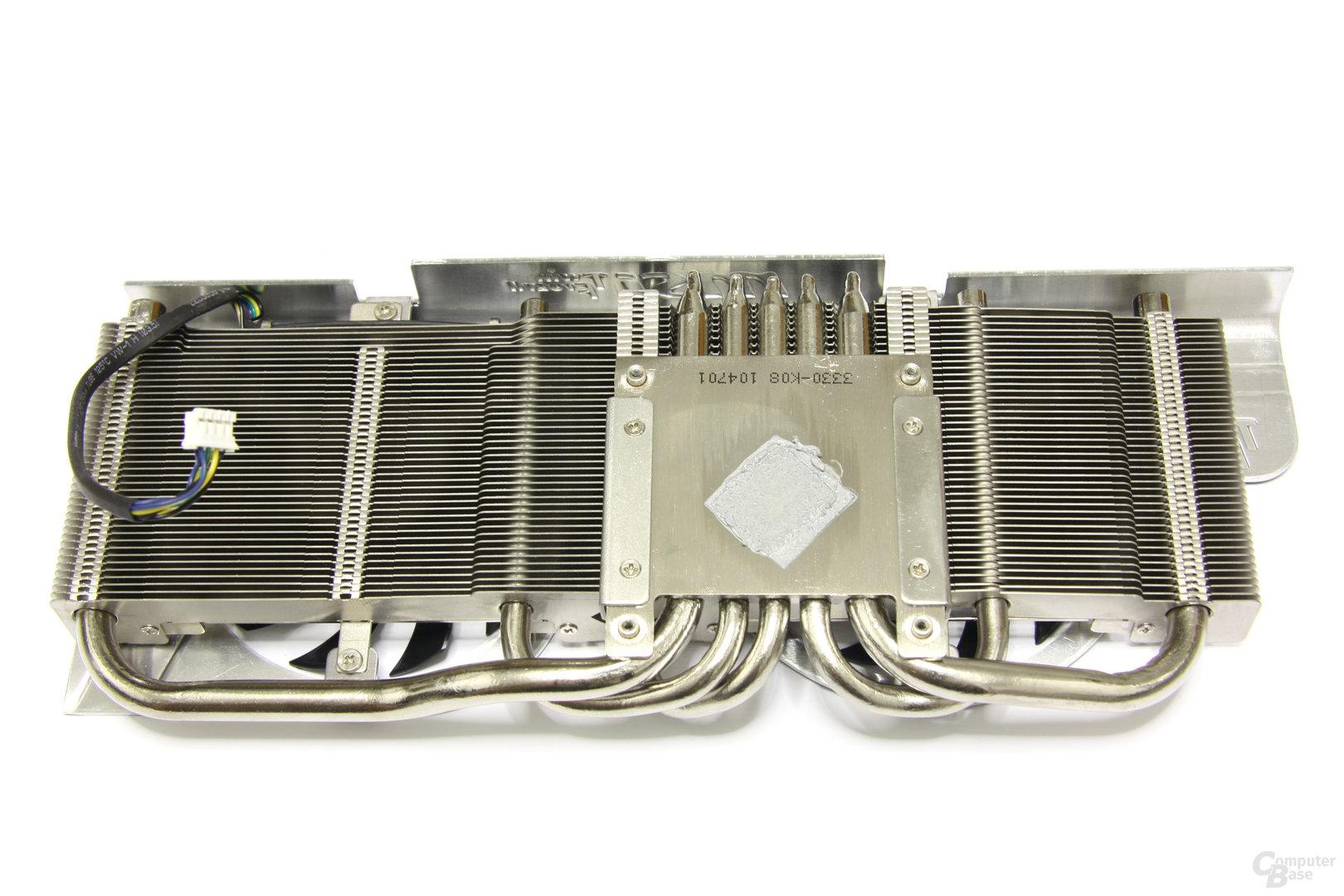 Radeon HD 6870 Twin Frozr II Kühlerrückseite