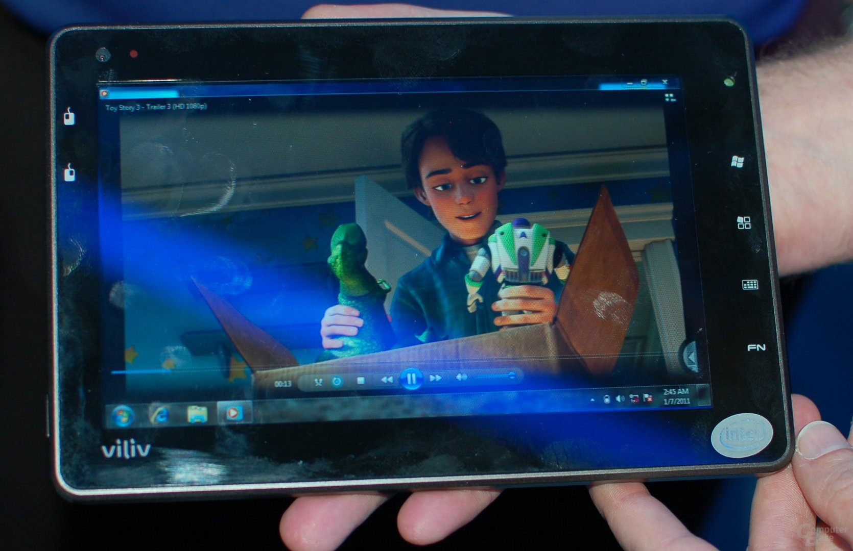 CES 2011: Oak-Trail-Tablet am Intel-Stand