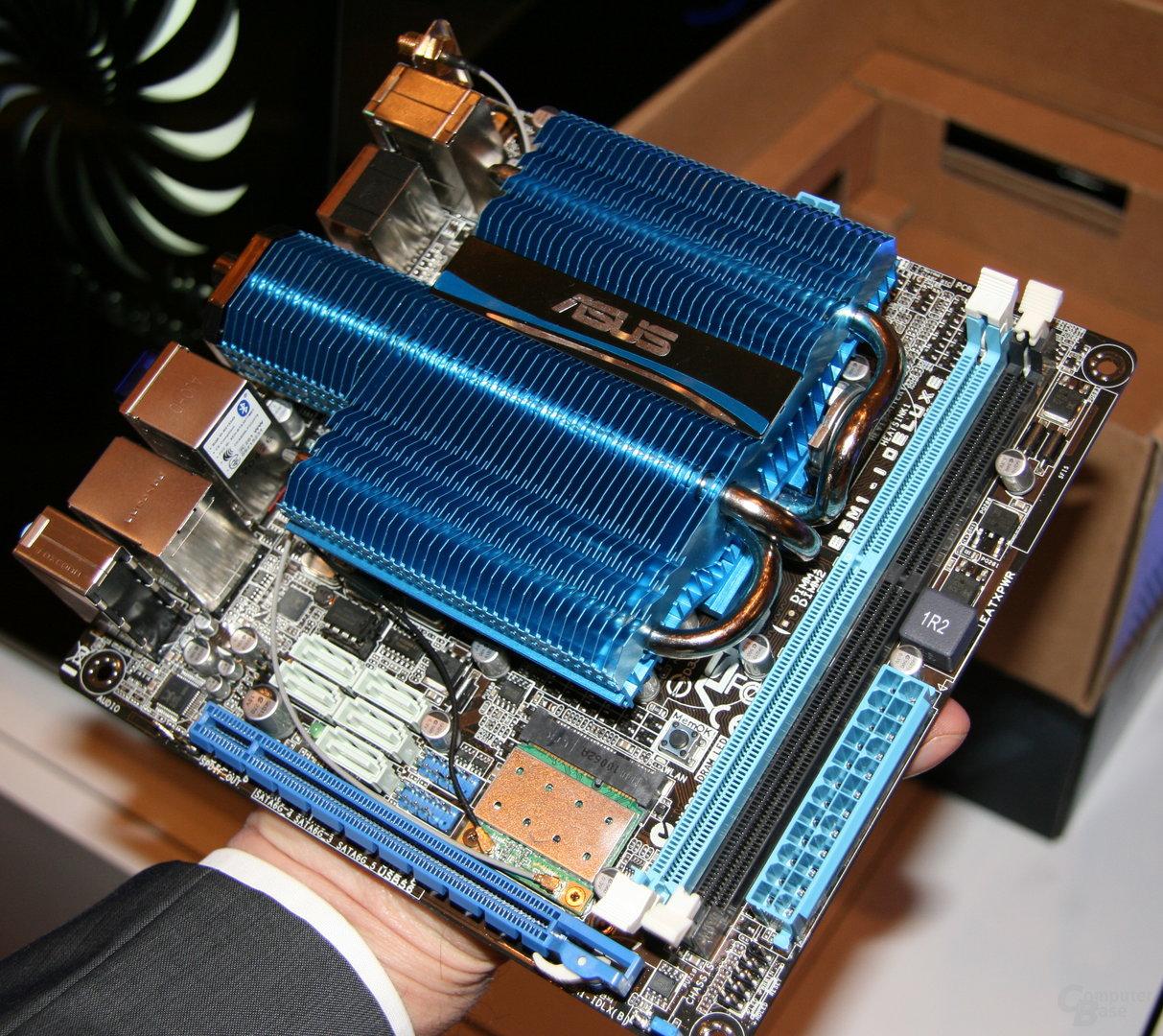 Asus E35M1-I Deluxe