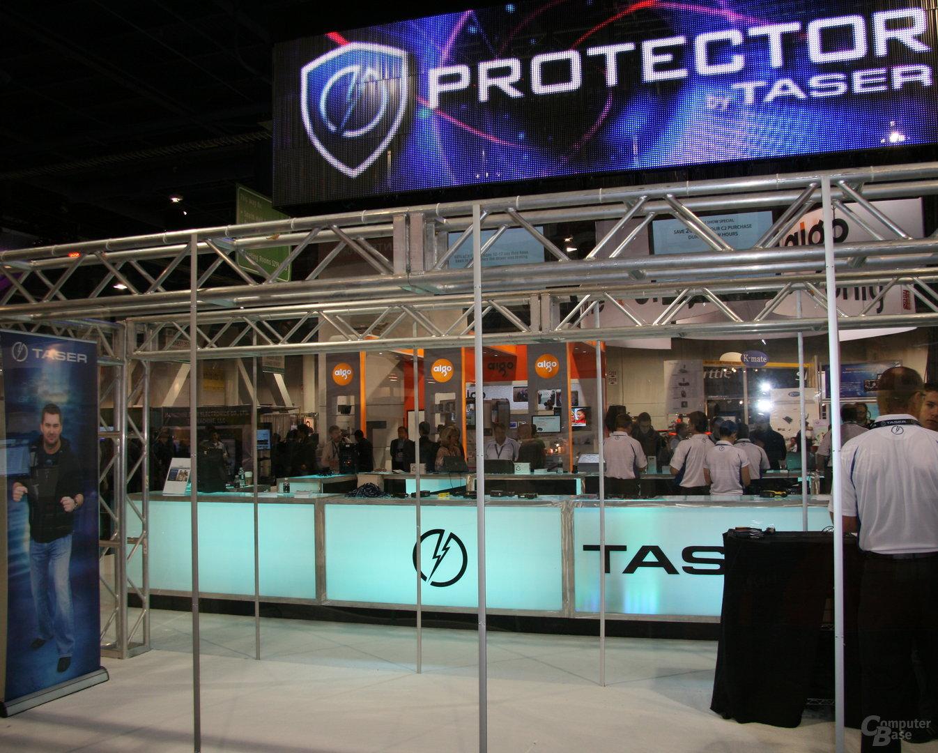 Taser-Stand zur CES 2011
