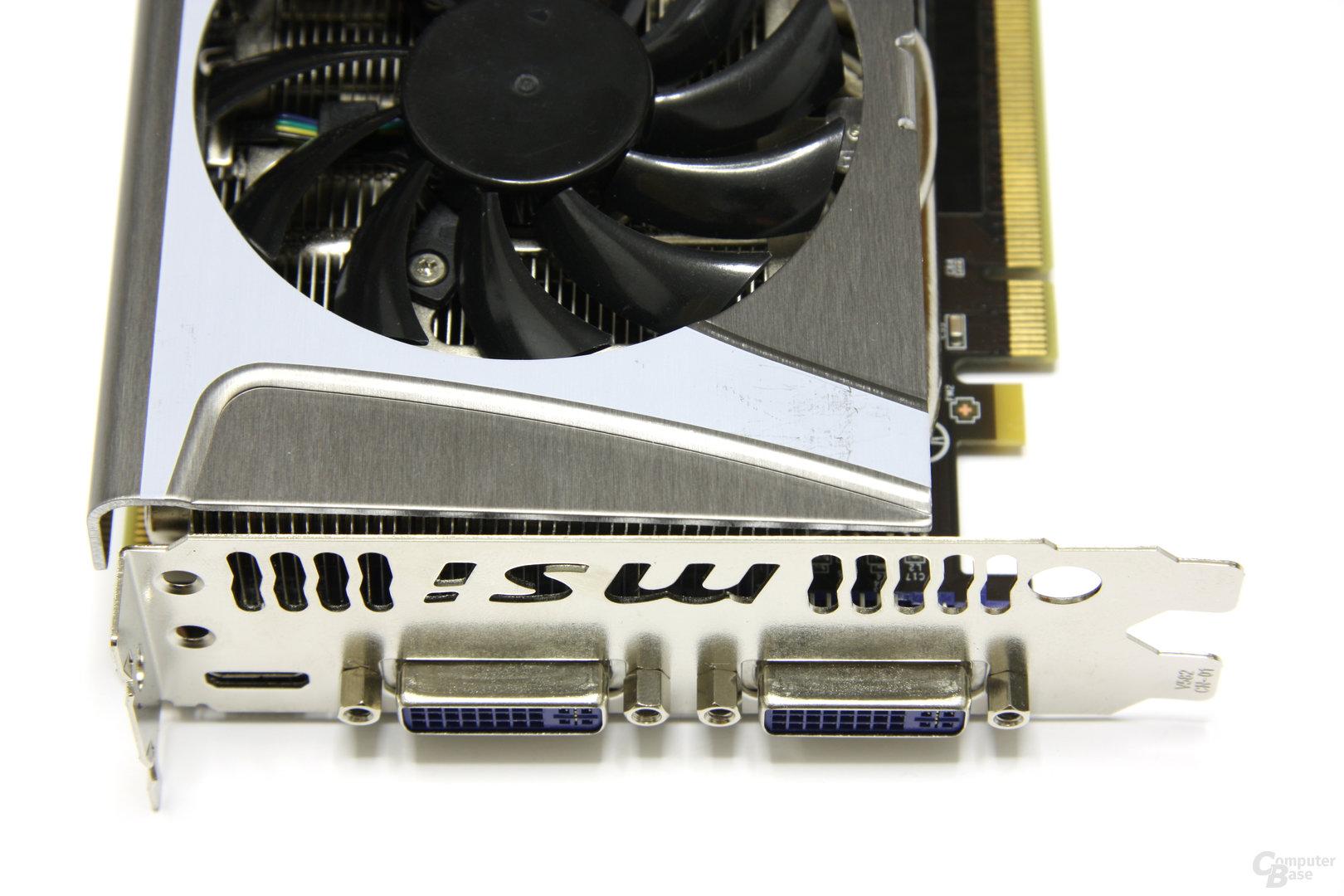 GeForce GTX 560 Ti TFII OC Anschlüsse