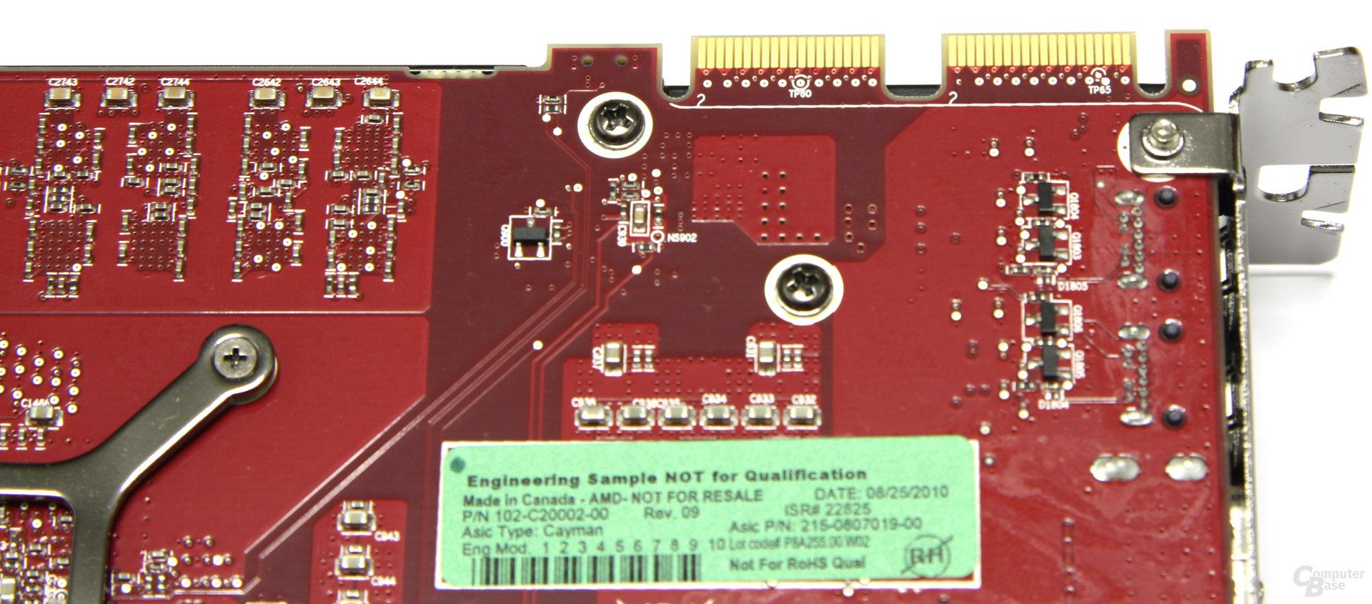 Radeon HD 6950 1GB CF-Anschlüsse