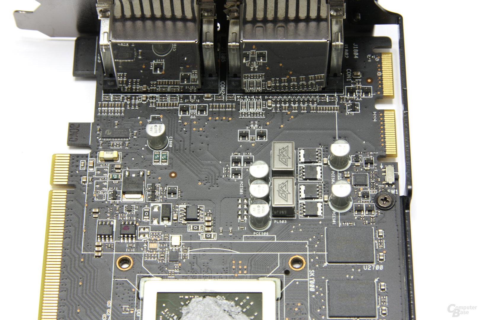 Radeon HD 6970 DirectCU II Bauteile