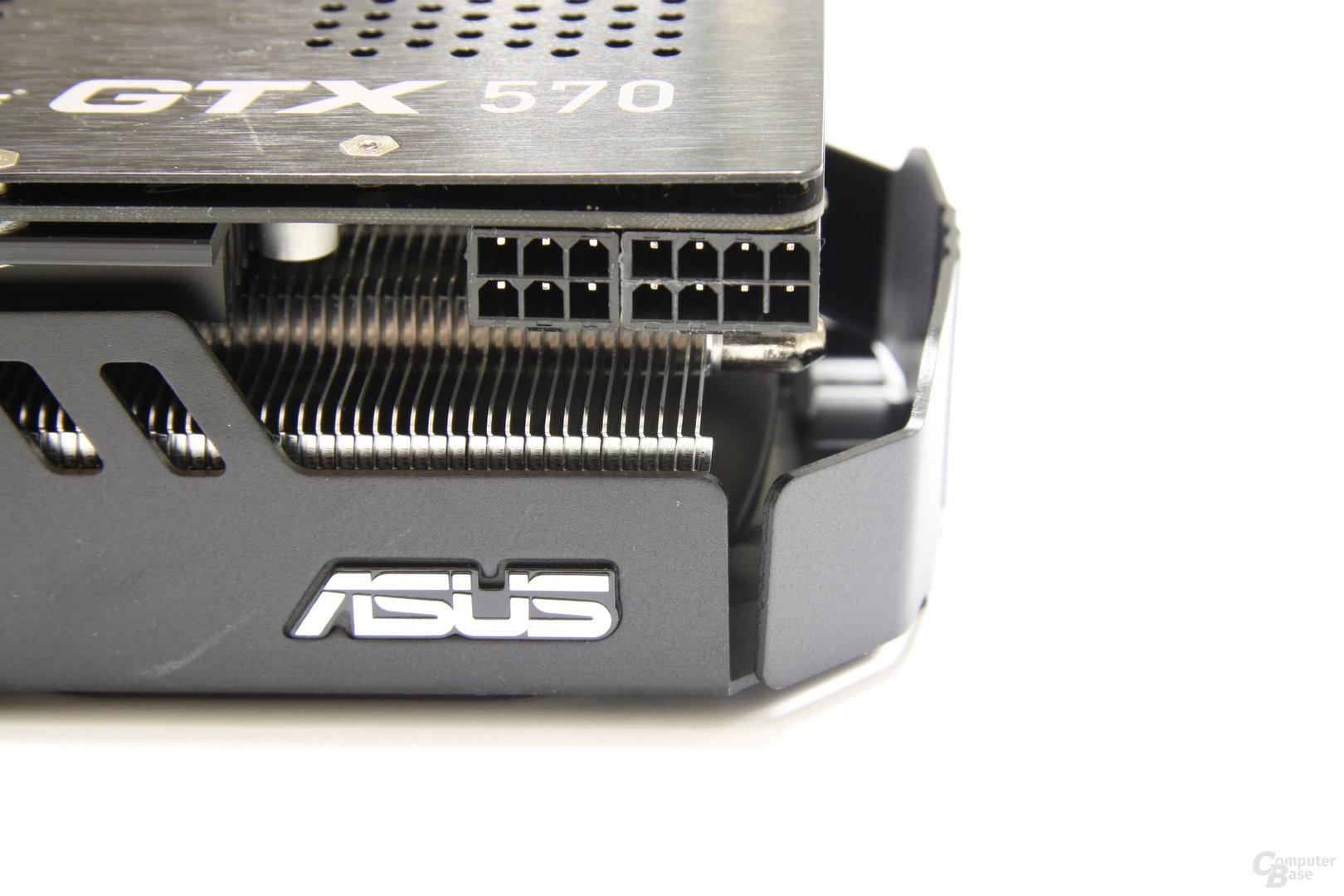 GeForce GTX 570 DirectCU II Stromanschlüsse