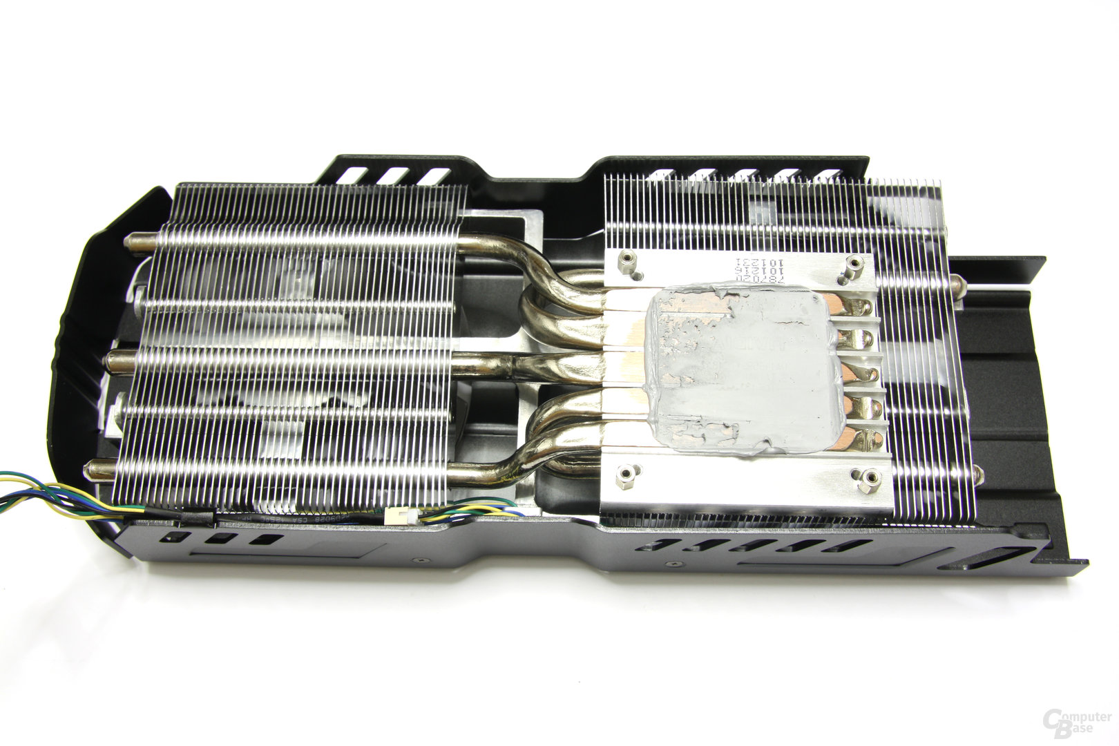 GeForce GTX 570 DirectCU II Kühlerrückseite