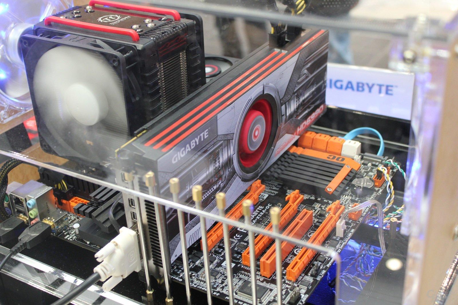 Gigabyte Radeon HD 6990