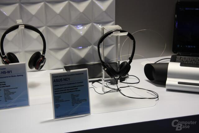 Asus-Headsets auf der CeBIT 2011