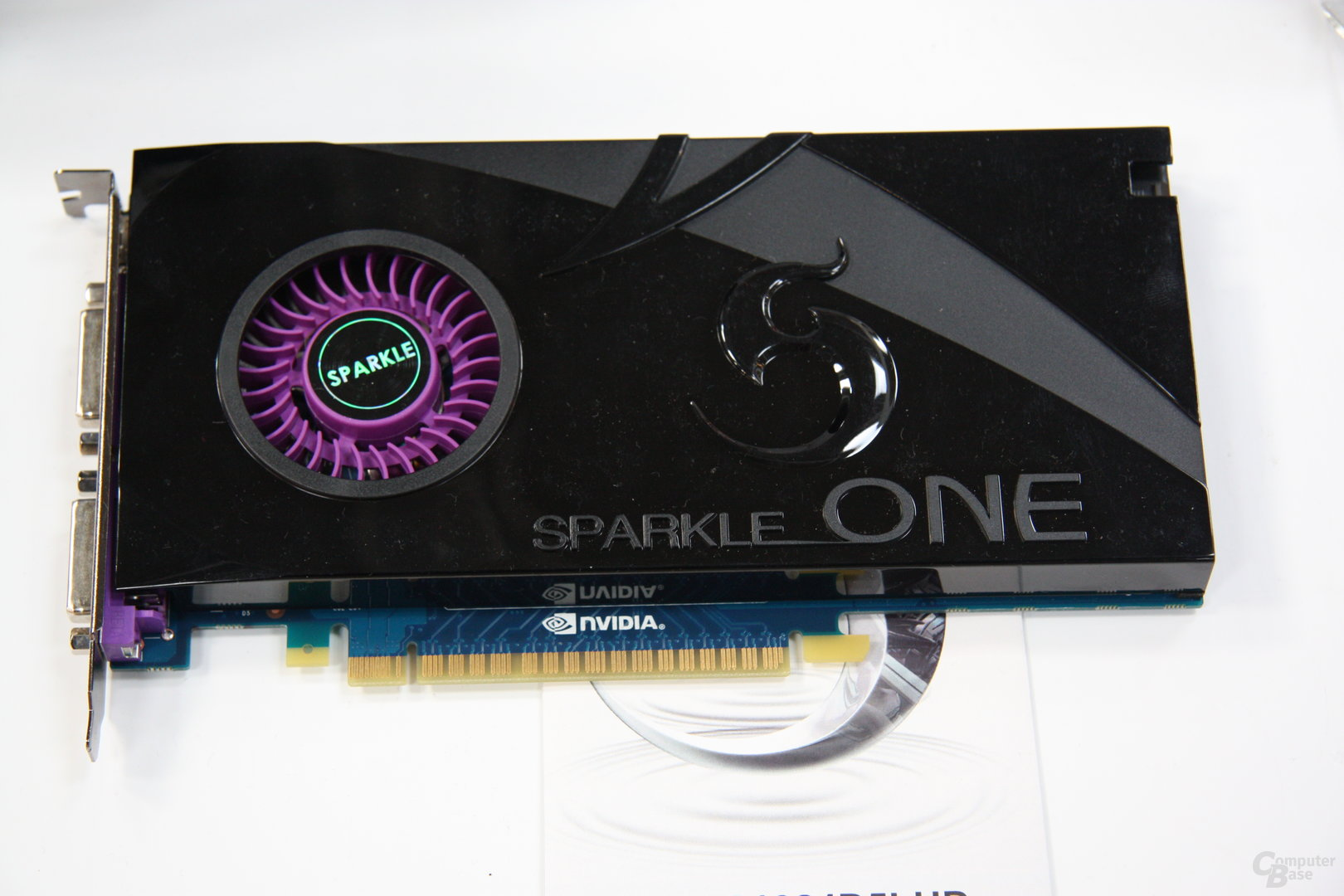 Sparkle mit Single-Slot GTX 570 und vielem mehr