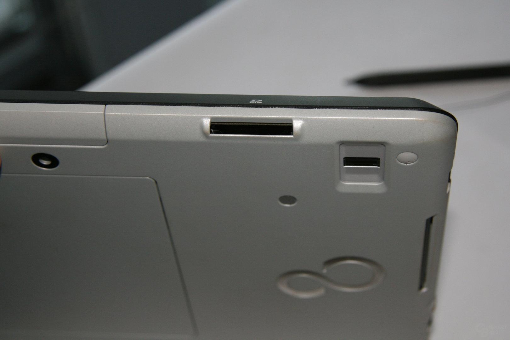 Fujitsu-Tablet mit Oak Trail