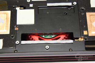 Radeon HD 6990 Lüfterrückseite