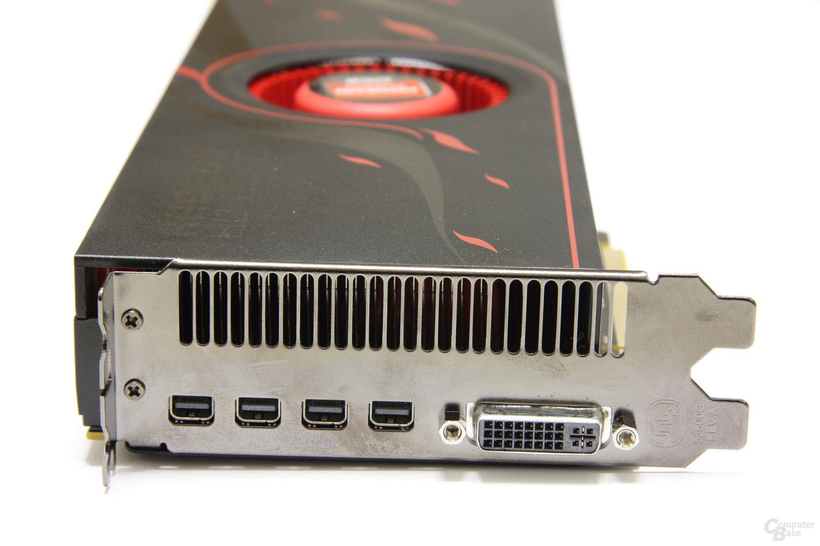 Radeon HD 6990 Slotblech
