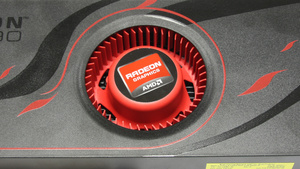 AMDs Multi-GPU-Karte im Test: Mächte Radeon HD 6990 mit Radau-Lüfter