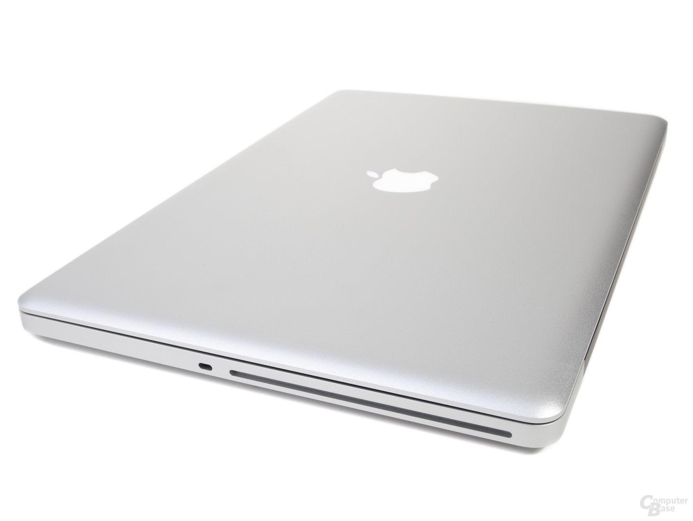 """MacBook Pro 17"""" (2011): rechte Seite"""