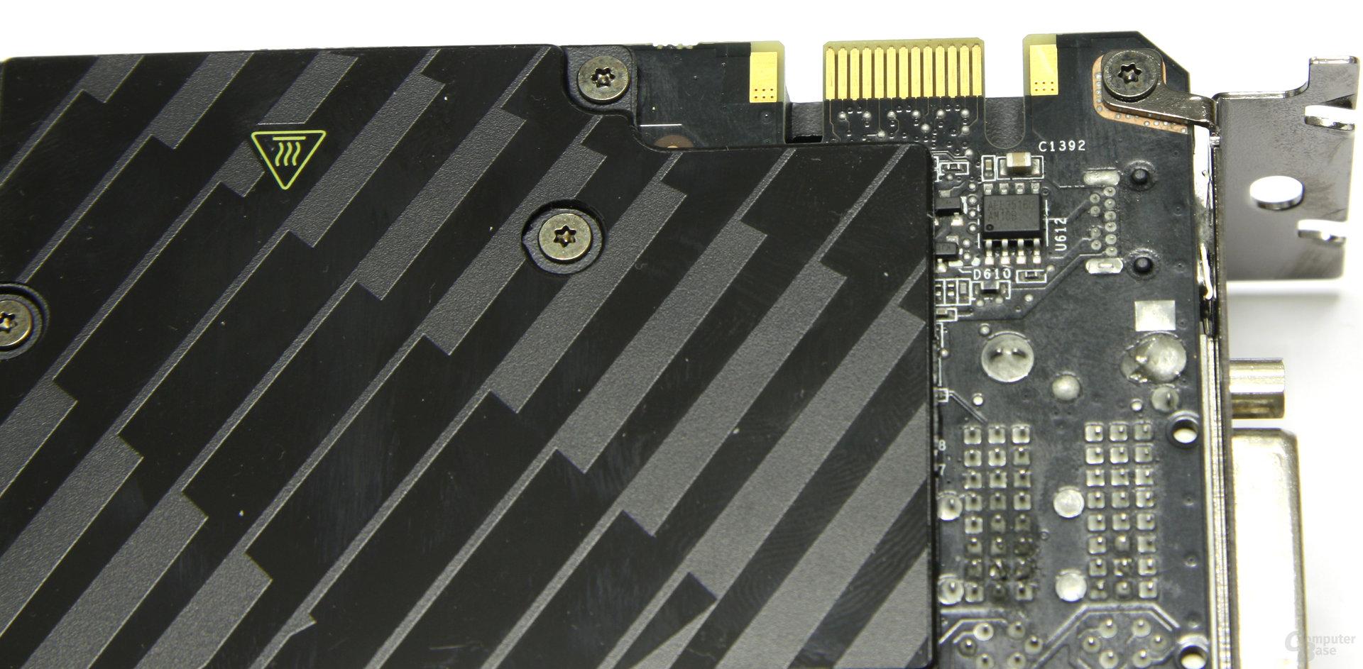 GeForce GTX 590 SLI-Anschluss
