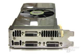 GeForce GTX 590 Slotblech