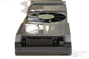 GeForce GTX 590 von hinten