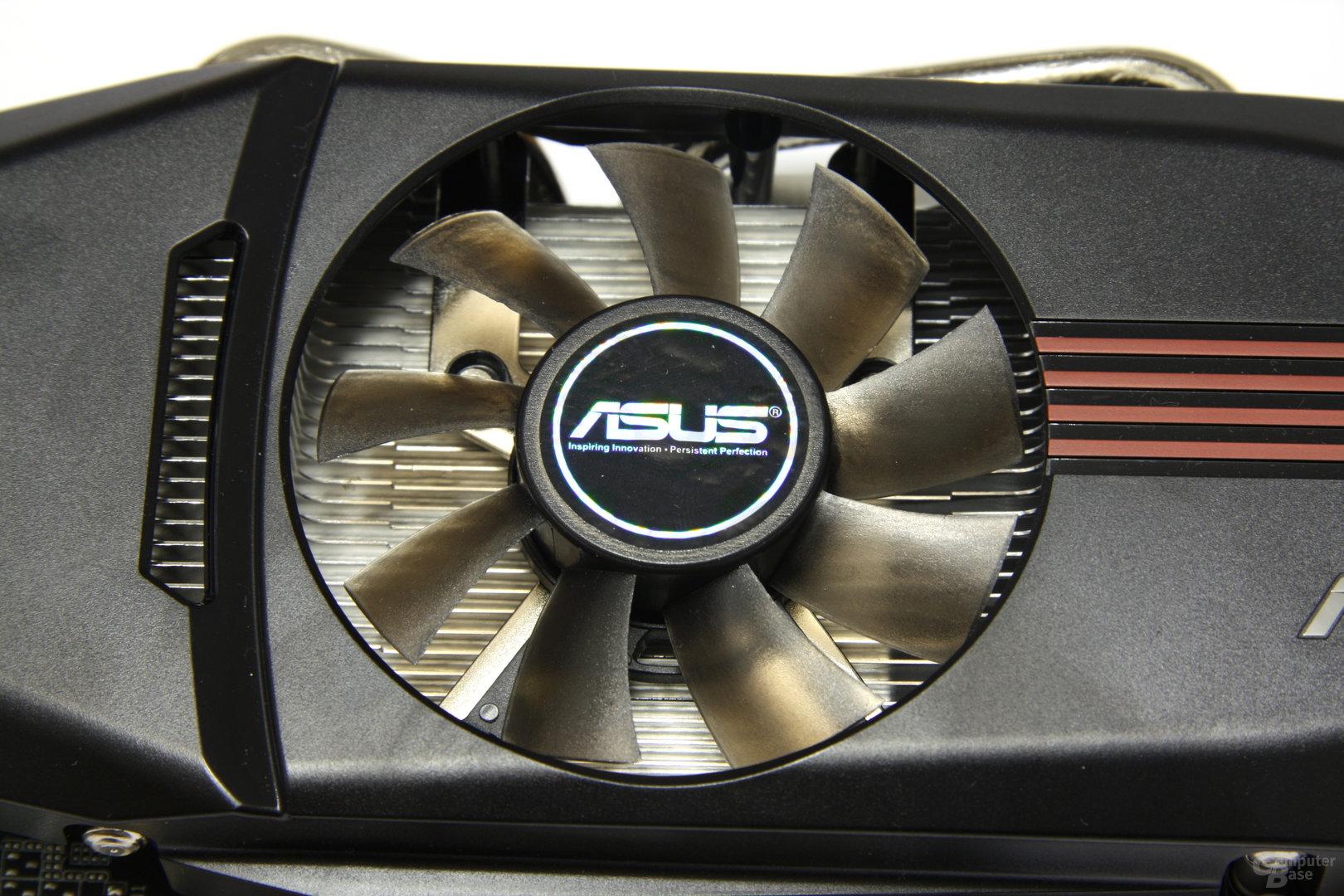 GeForce GTX 550 Ti DirectCU TOP Lüfter