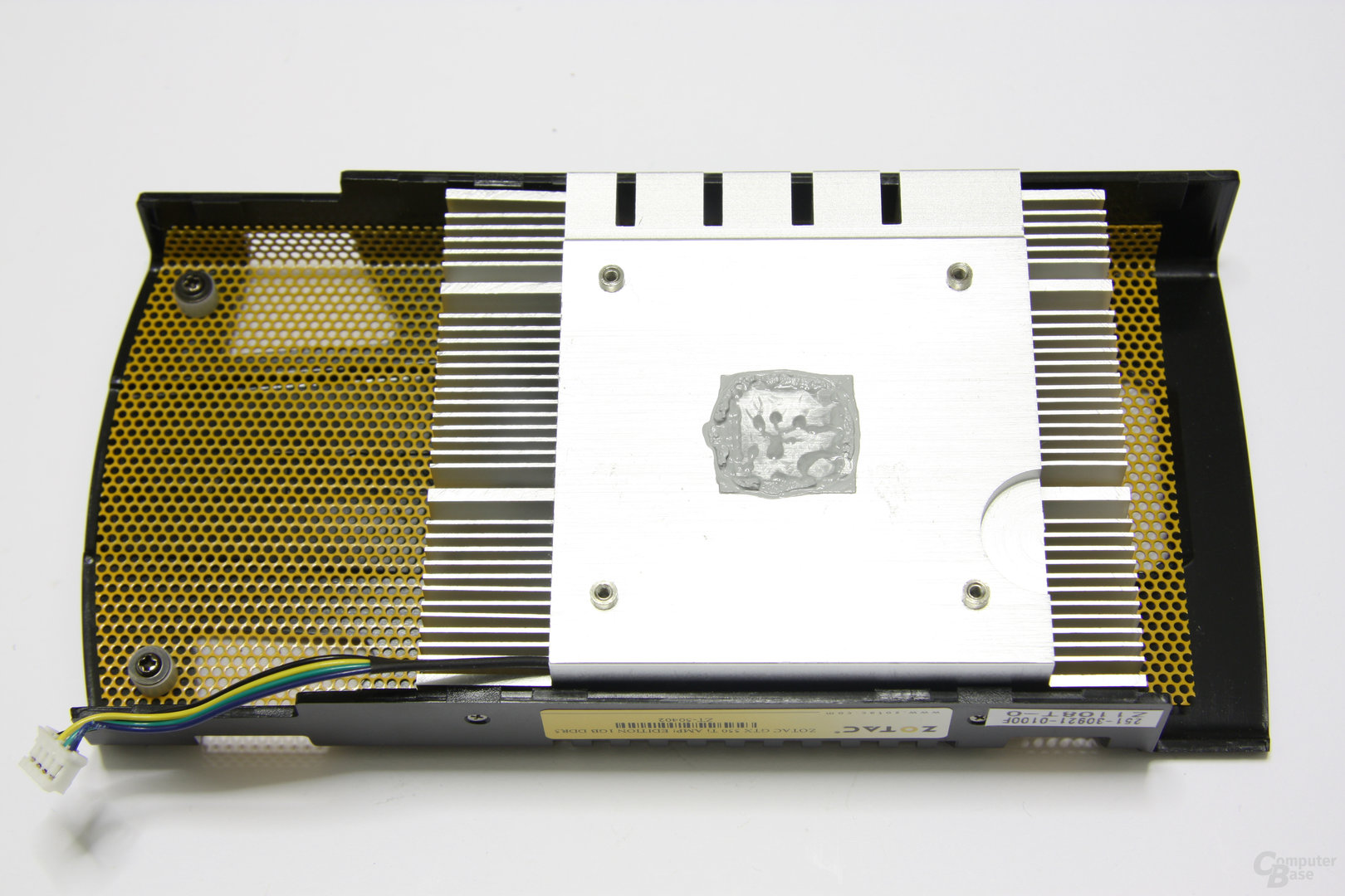 GeForce GTX 550 Ti AMP! Kühlerrückseite