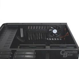 SilverStone TJ11 – Innenraum Deckel von innen