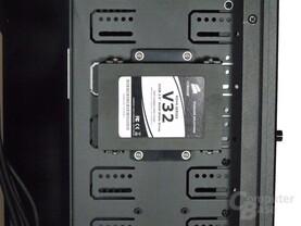 """SilverStone TJ11 – Befestigung für 2,5"""" SSD"""