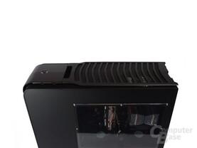 SilverStone TJ11 – Oberseite mit Abdeckung