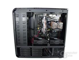 SilverStone TJ11 – Innenraum mit Hardware