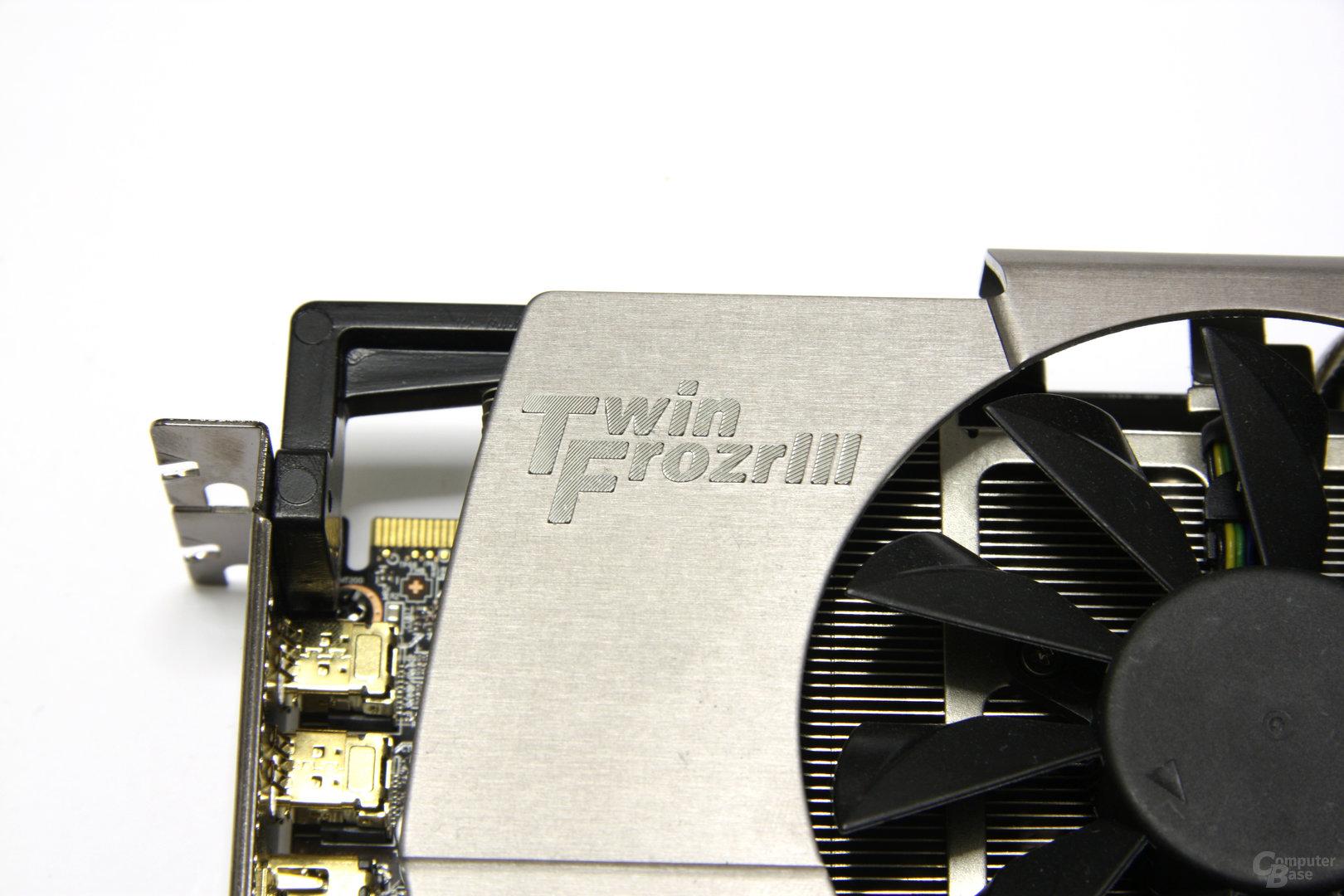 Radeon HD 6970 Lightning Schriftzug
