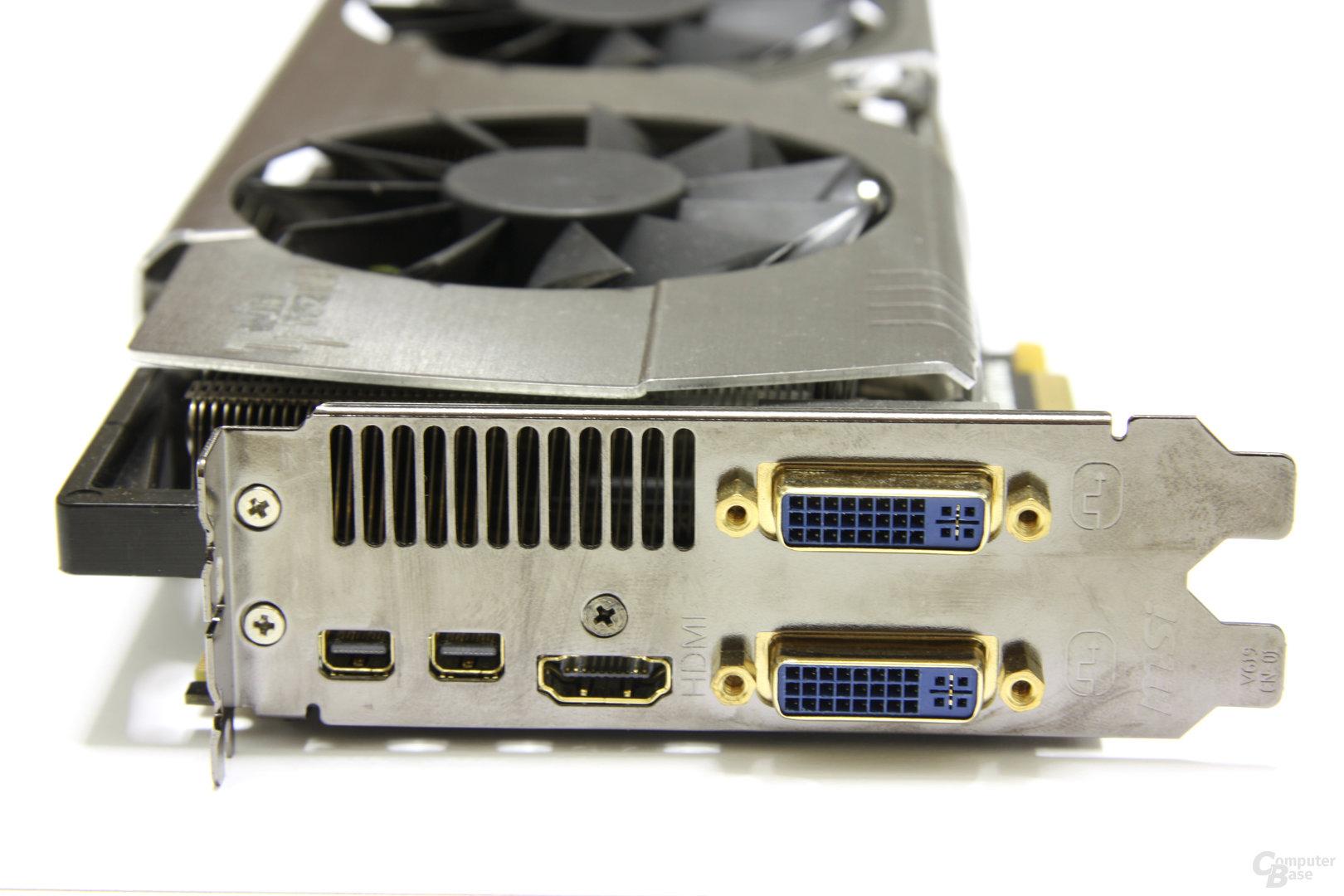 Radeon HD 6970 Lightning Slotblech