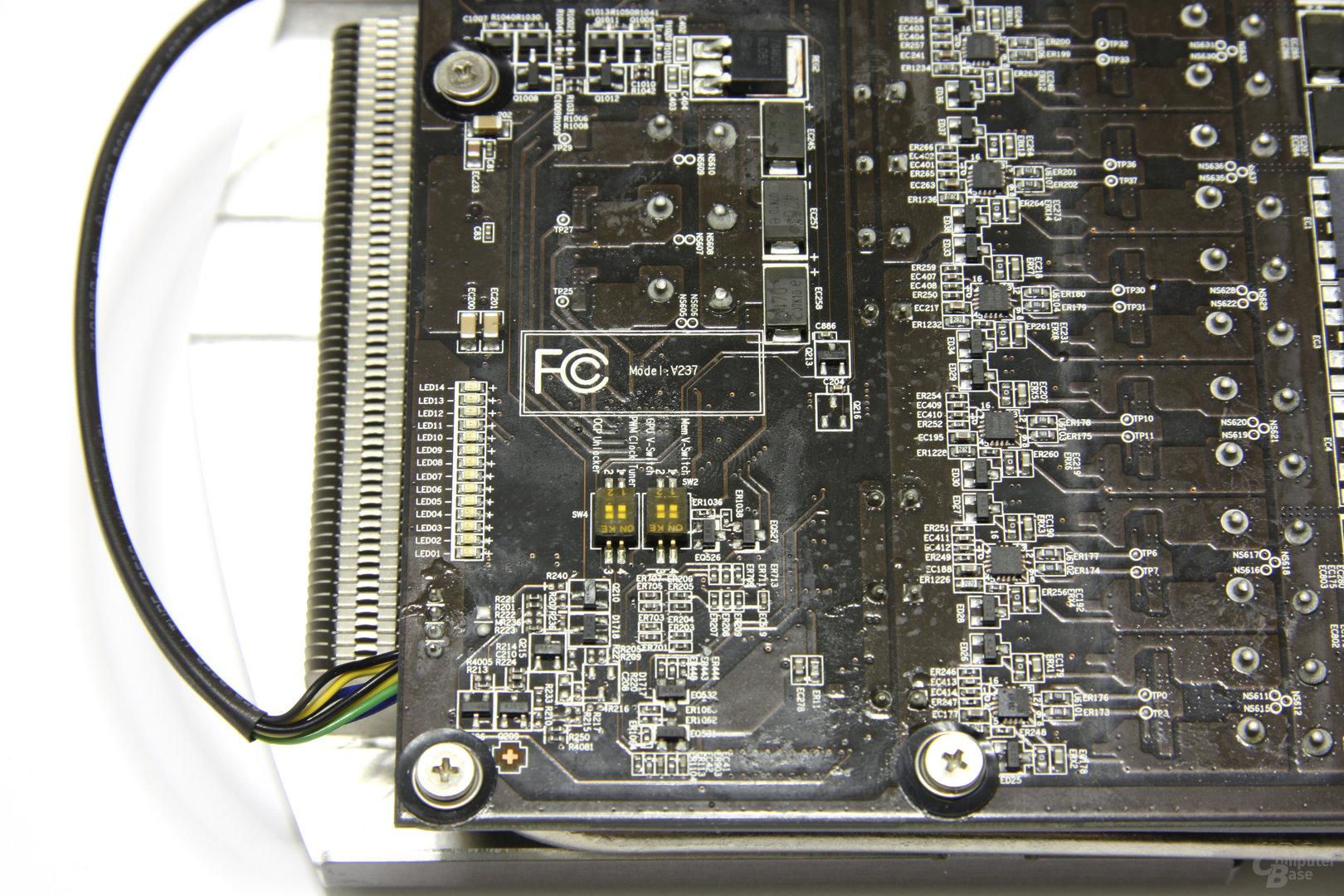 Radeon HD 6970 Lightning DIP-Schalter