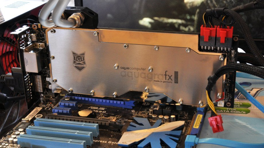 PoV/TGT GeForce GTX 590 Beast