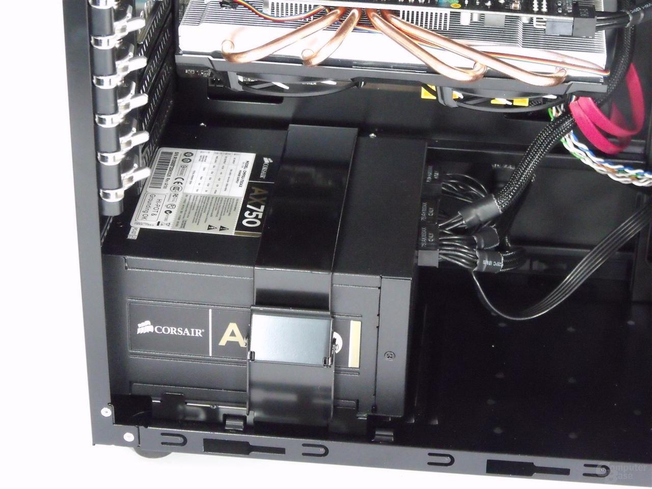 LanCool PC-K63 – Befestigung Netzteil