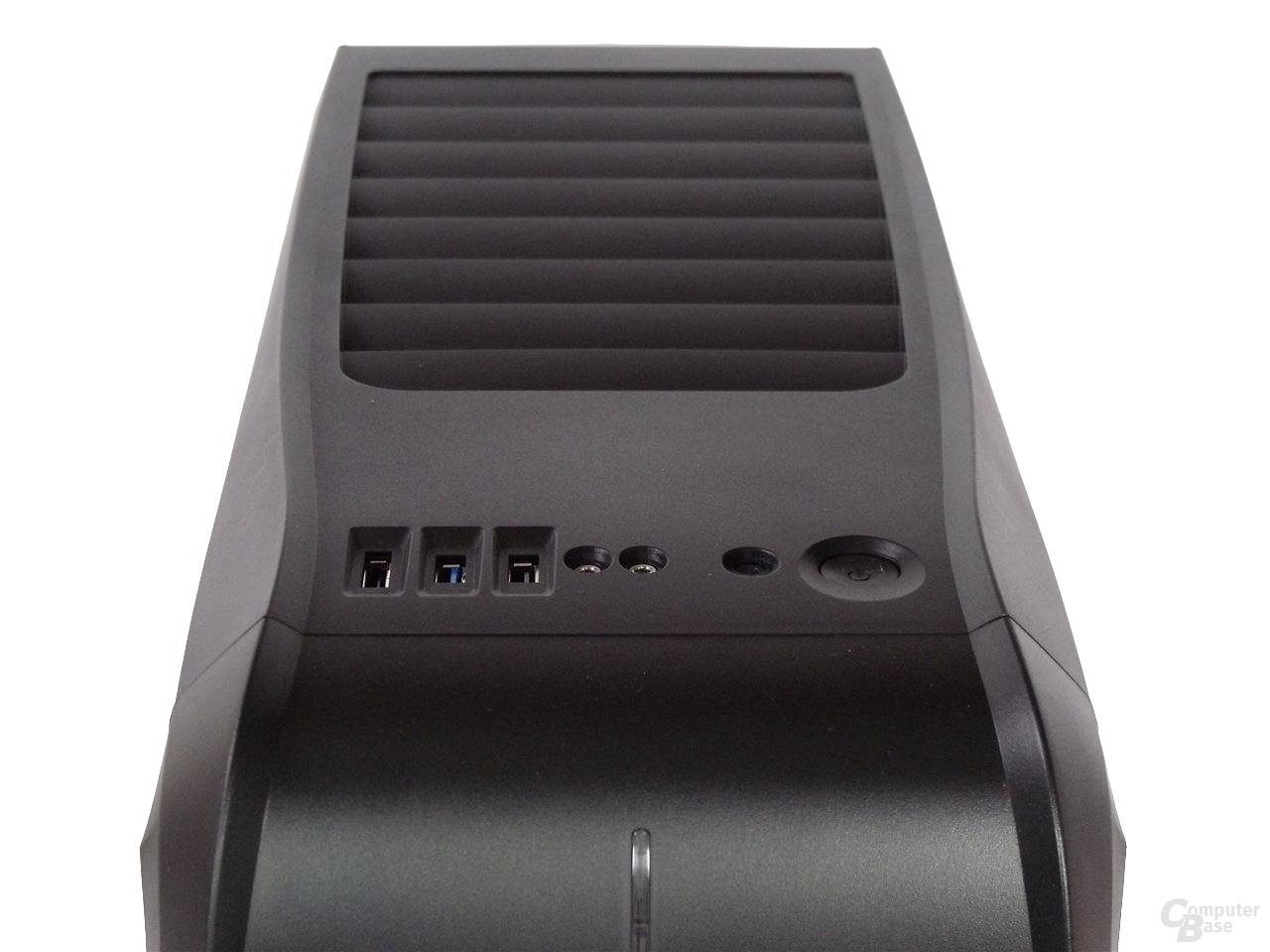 LanCool PC-K63 – Frontpanel