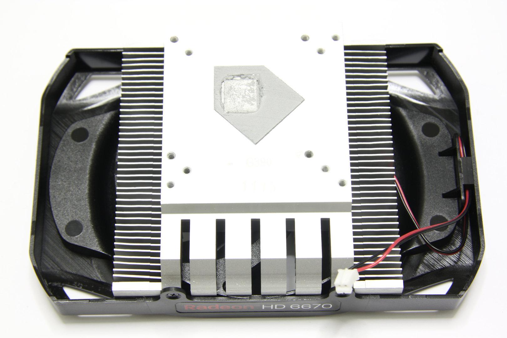Radeon HD 6670 Kühlerrückseite