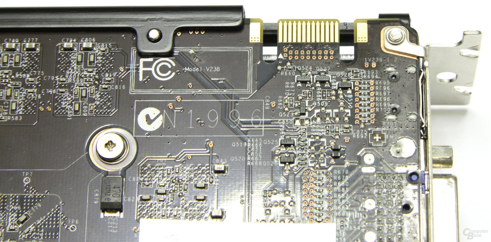 GeForce GTX 560 Twin Frozr II OC SLI-Anschluss