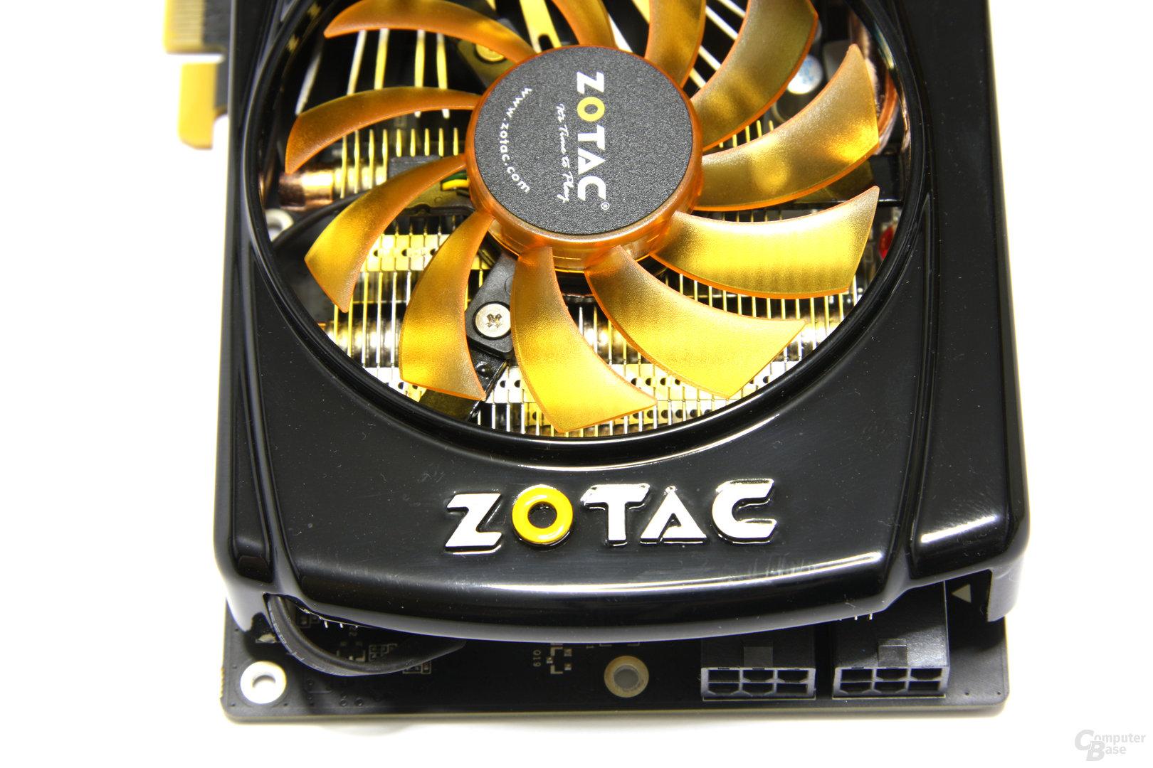 GeFoForce GTX 560 AMP! von oben