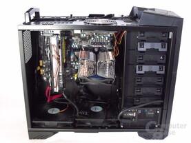 SilverStone Raven 3 – Innenraum mit Hardware links