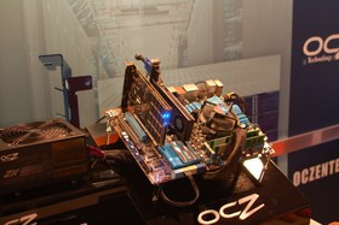OCZ RevoDrive 3 Testsystem