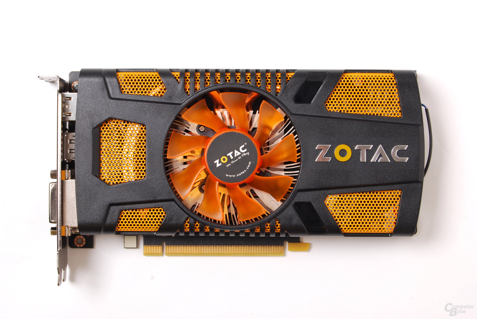 Zotac GeForce GTX 560 Multiview