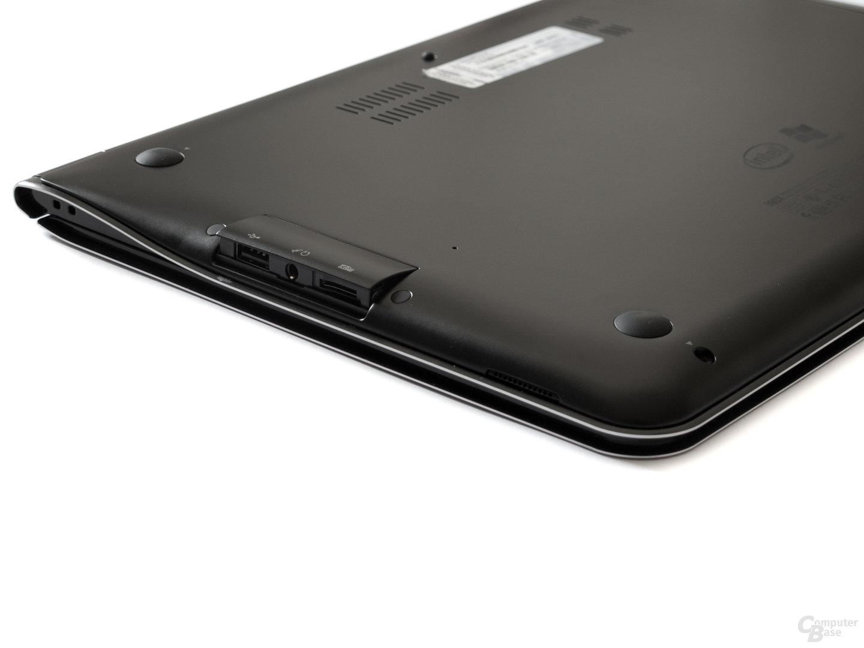 """Samsung 900X3A: """"Versteckte"""" Anschlüsse"""