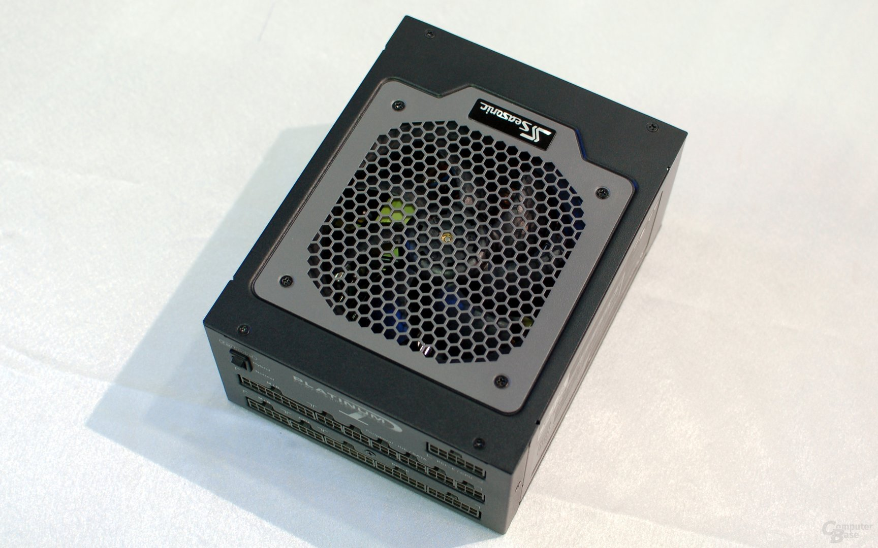 Seasonic Platinum Series