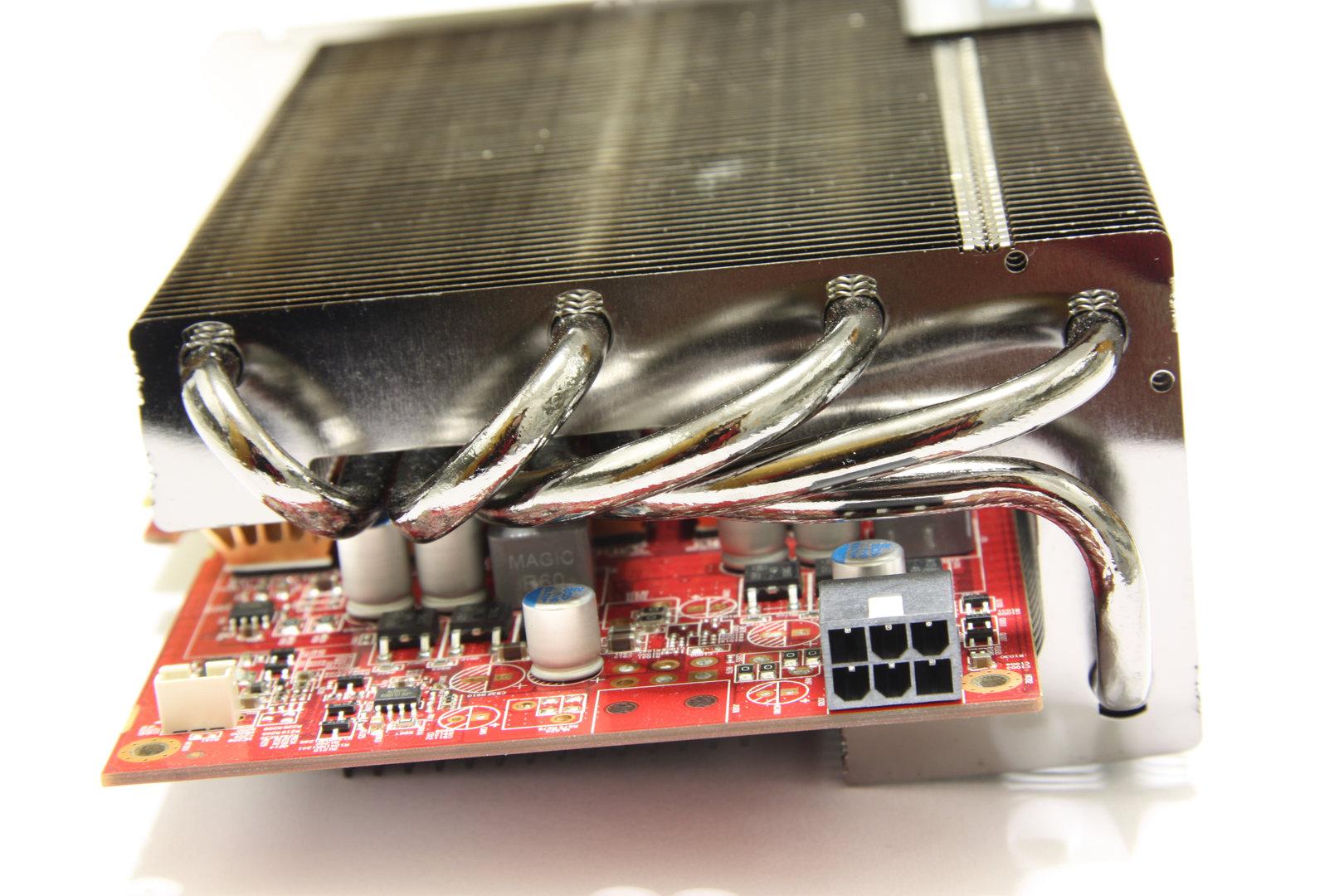 Radeon HD 6850 SCS3 von hinten