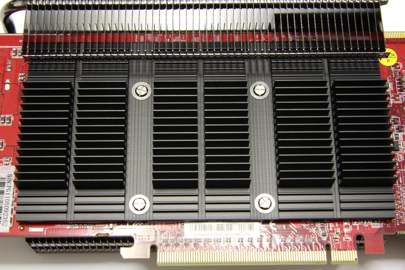 Radeon HD 6850 SCS3 Kühler auf der Rückseite