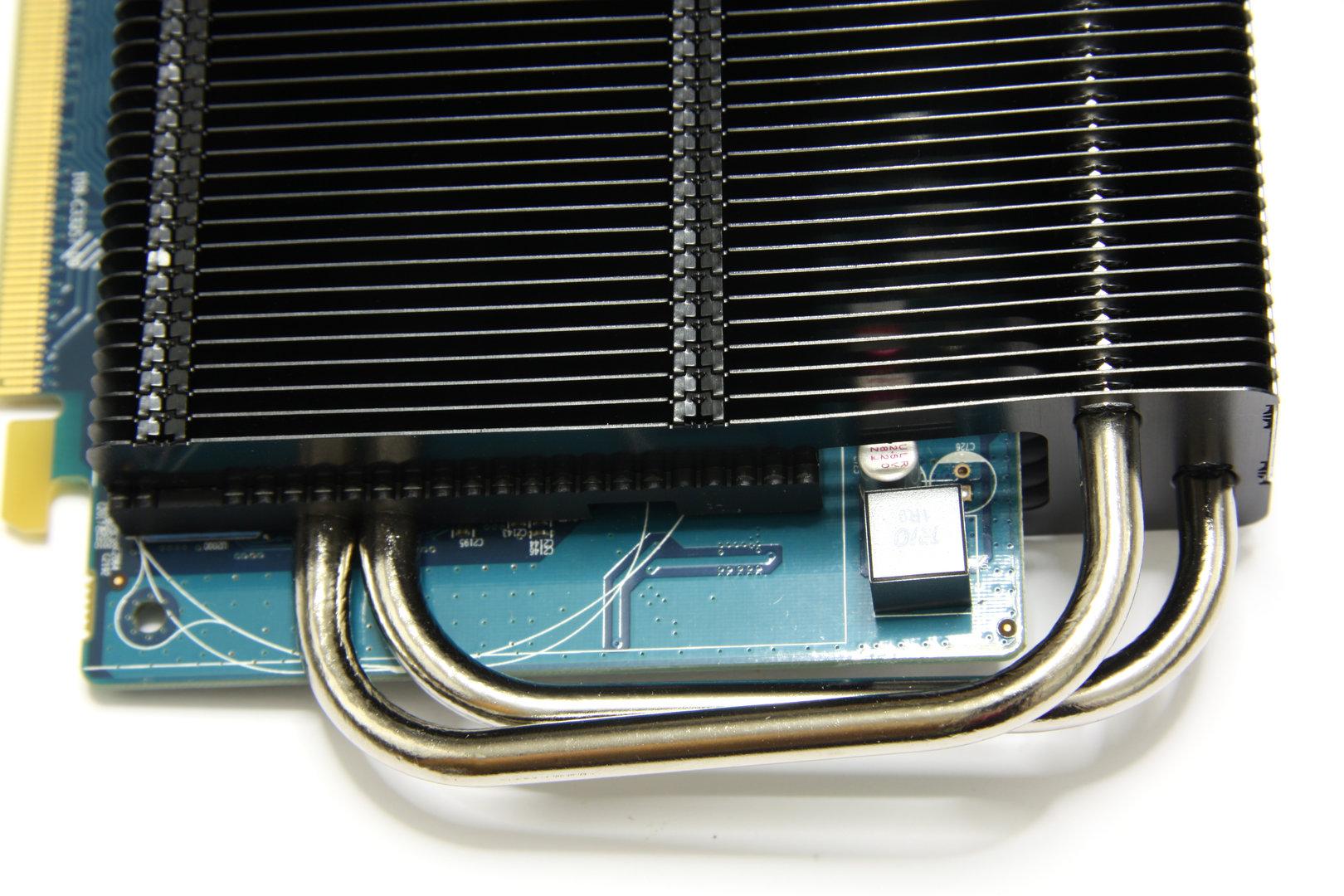 Radeon HD 6670 Ultimate von oben