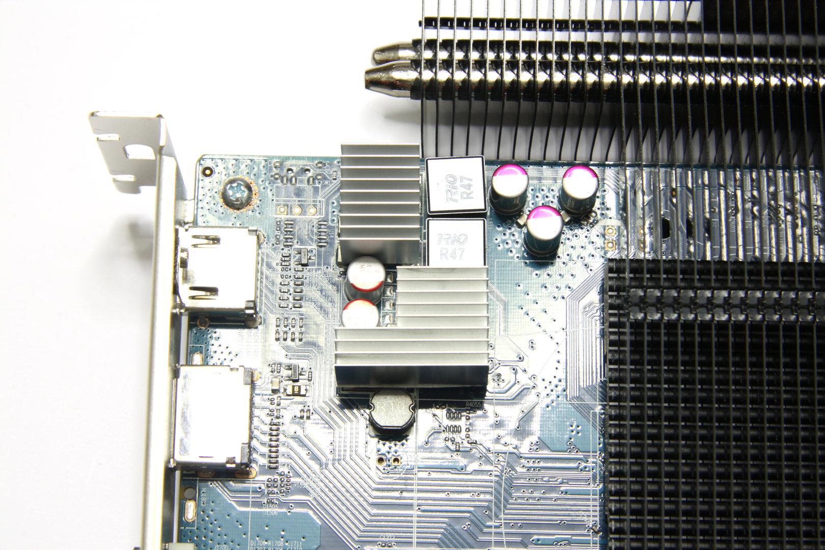 Radeon HD 6670 Ultimate Kühlkörper