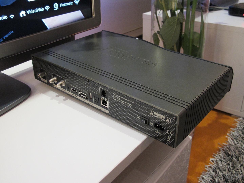 VideoWeb 750