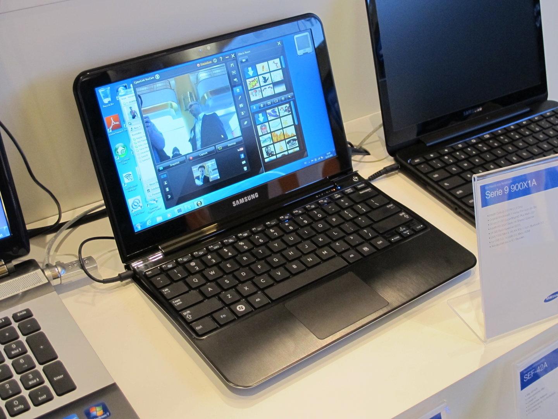 Samsung 900 X1A
