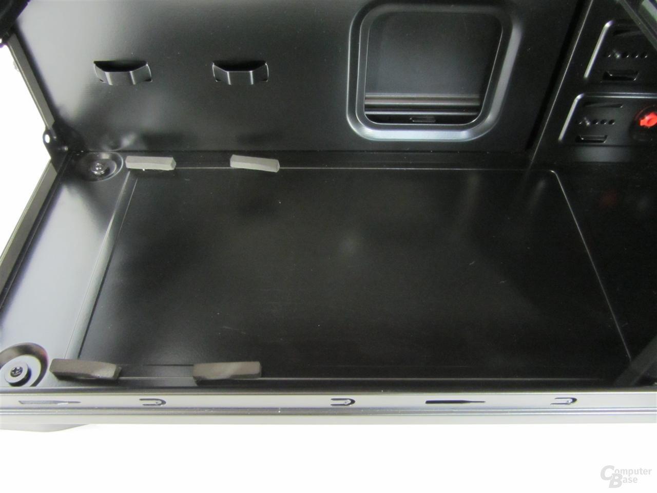 MS-Tech CA-0210 – Innenansicht Boden